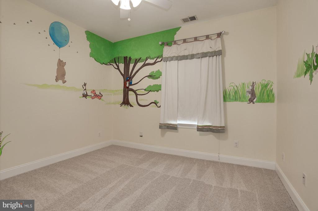 Bedroom. #3 - 5715 7TH ST N, ARLINGTON