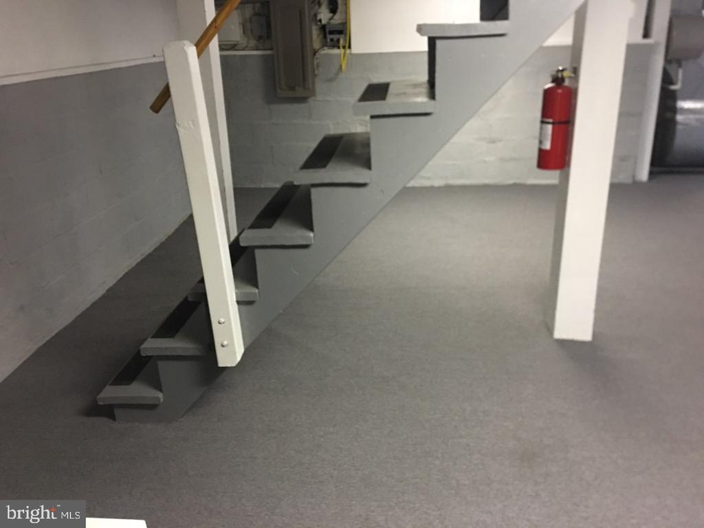 Basement Stairs - 4705 FORDHAM RD, COLLEGE PARK