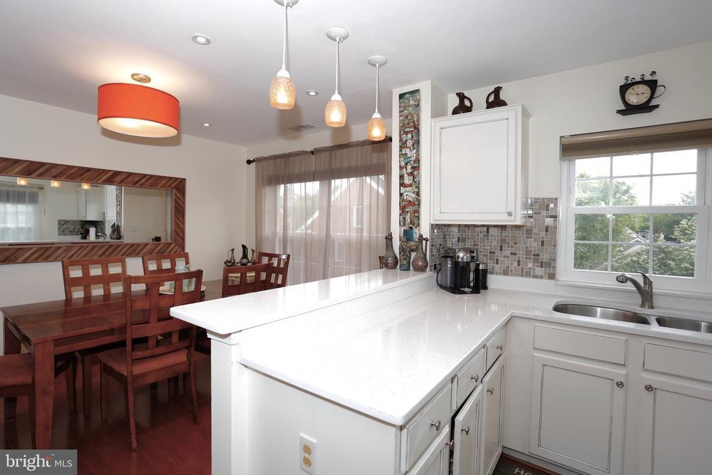 Kitchen - 415 RIDGEPOINT PL #32, GAITHERSBURG