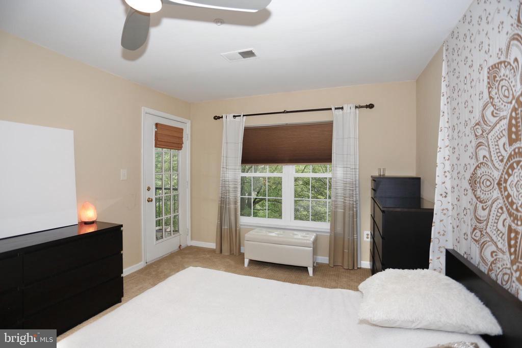Master bedroom - 415 RIDGEPOINT PL #32, GAITHERSBURG