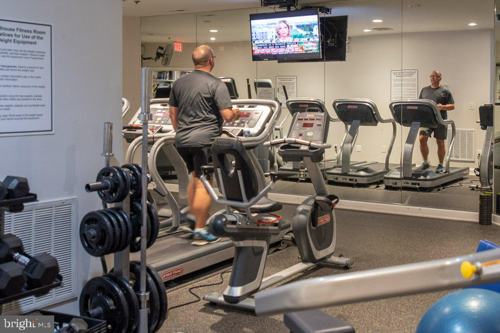 Fitness Center with cardio machines & free weights - 405 S HENRY ST, ALEXANDRIA