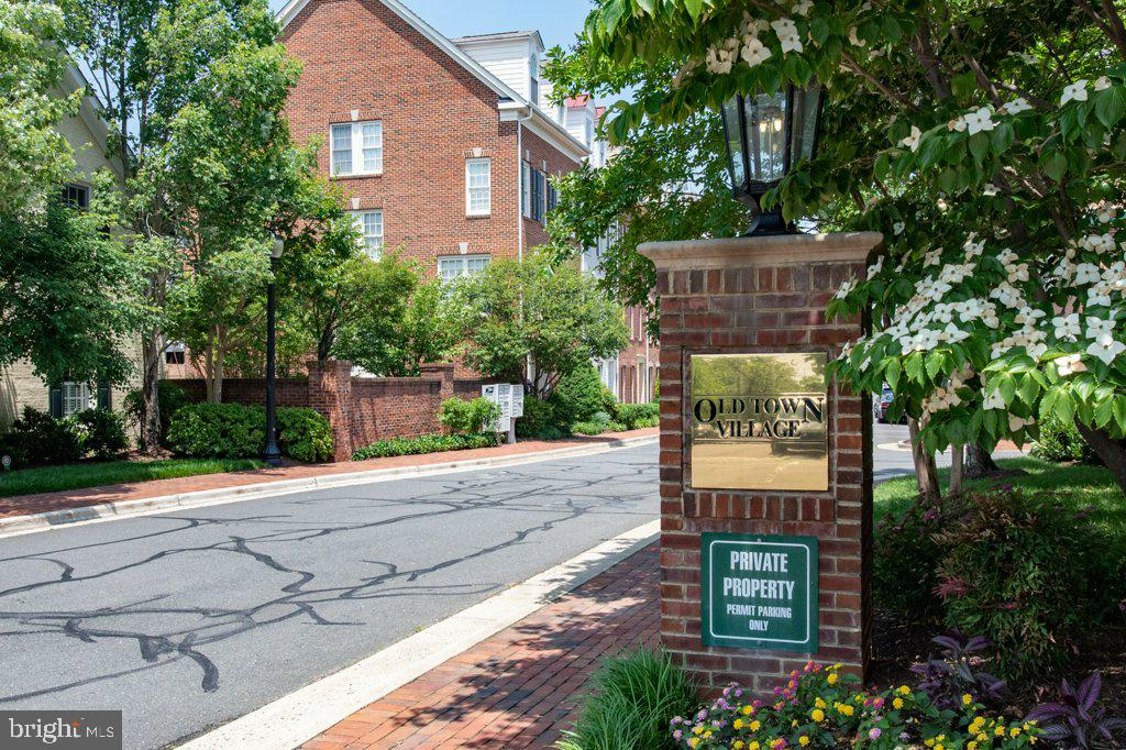Entrance to Old Town Village from Wilkes Street - 405 S HENRY ST, ALEXANDRIA