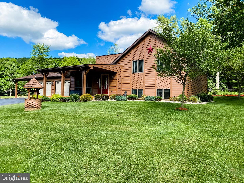 Single Family Homes para Venda às Frostburg, Maryland 21532 Estados Unidos
