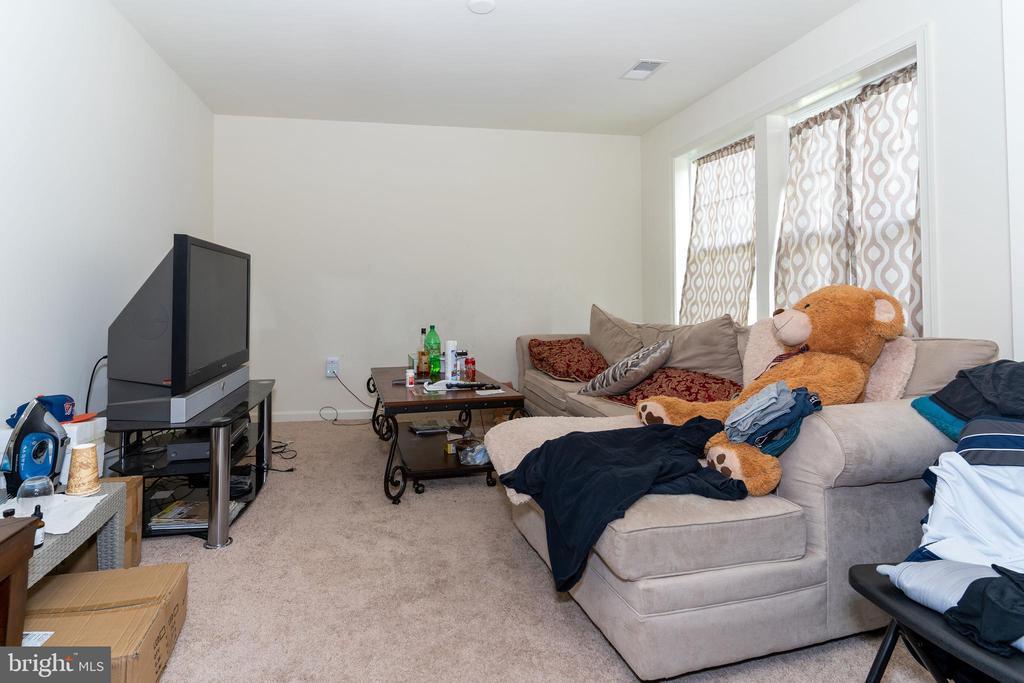 Master Sitting Room - 18226 JILLIAN LN, TRIANGLE