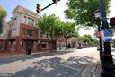 2 traffic lights from Old Town Alexandria - 5902 MOUNT EAGLE DR #609, ALEXANDRIA