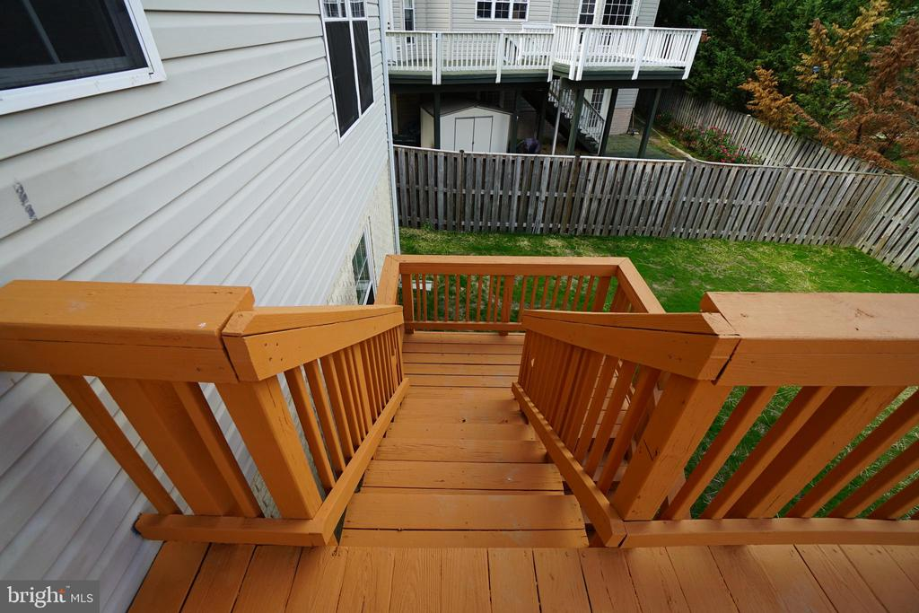 Deck steps another view - 6311 WILLOWFIELD WAY, SPRINGFIELD