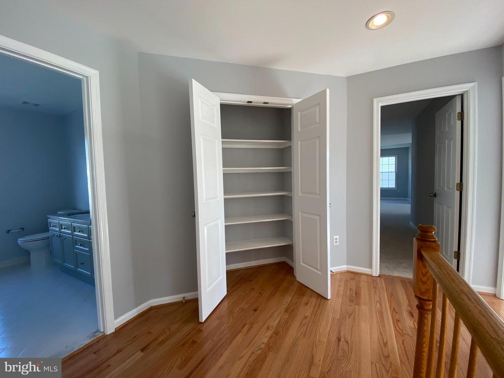 Upper Level Hallway w/NEW hardwood flooring - 6311 WILLOWFIELD WAY, SPRINGFIELD
