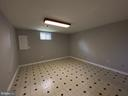 Office with cable and phone hookups - 6311 WILLOWFIELD WAY, SPRINGFIELD