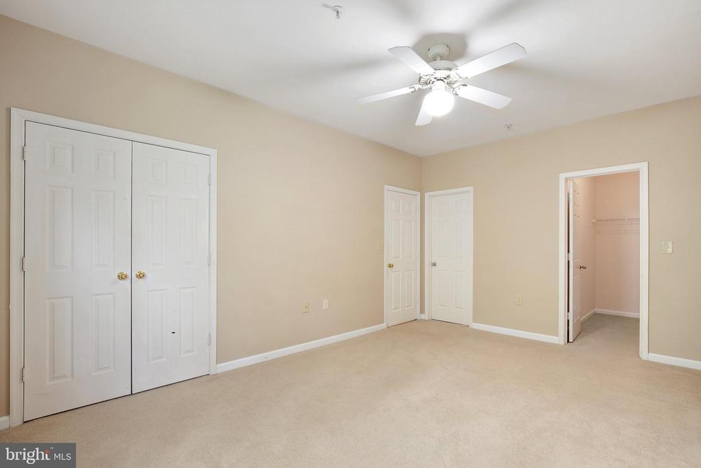 - 12907 ALTON SQ #303, HERNDON