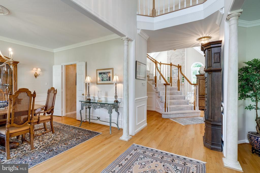 Beautiful Hardwood Floors throughout Main Level - 8523 SILVERVIEW DR, LORTON