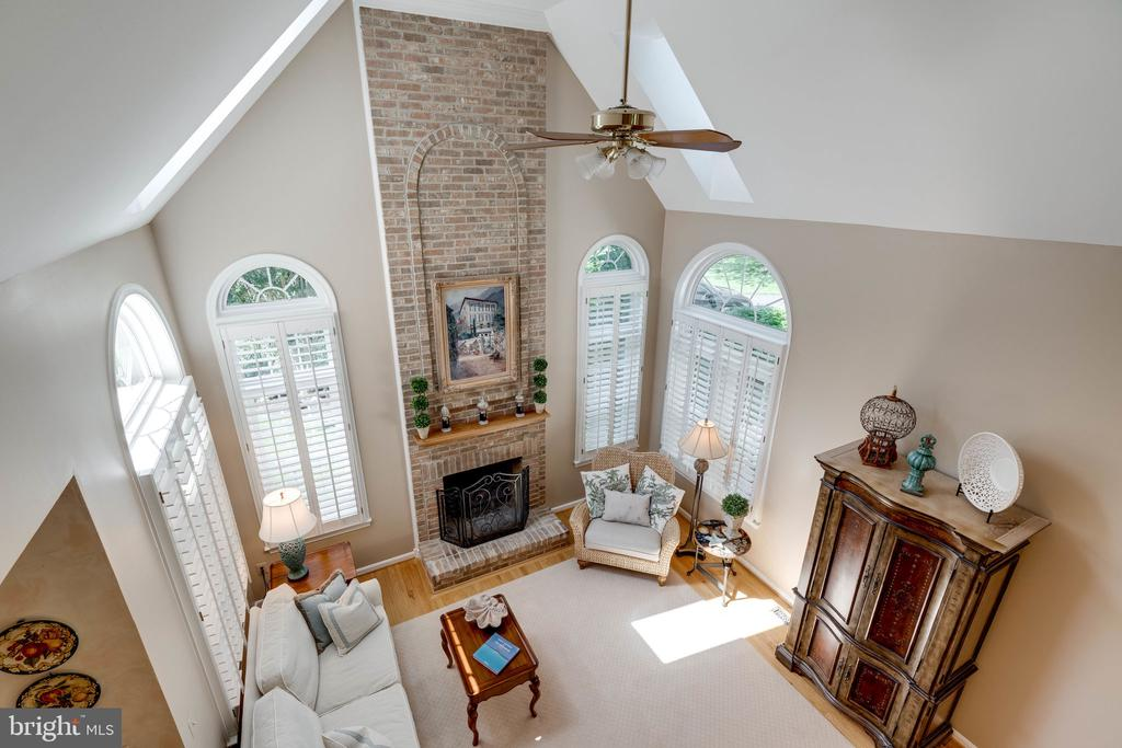 Aerial View of Family Room - 8523 SILVERVIEW DR, LORTON