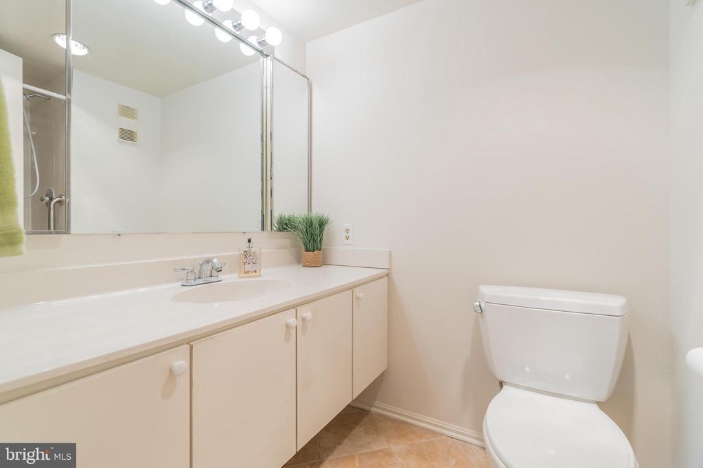 Hall bathroom with new tile flooring - 5903 MOUNT EAGLE DR #610, ALEXANDRIA