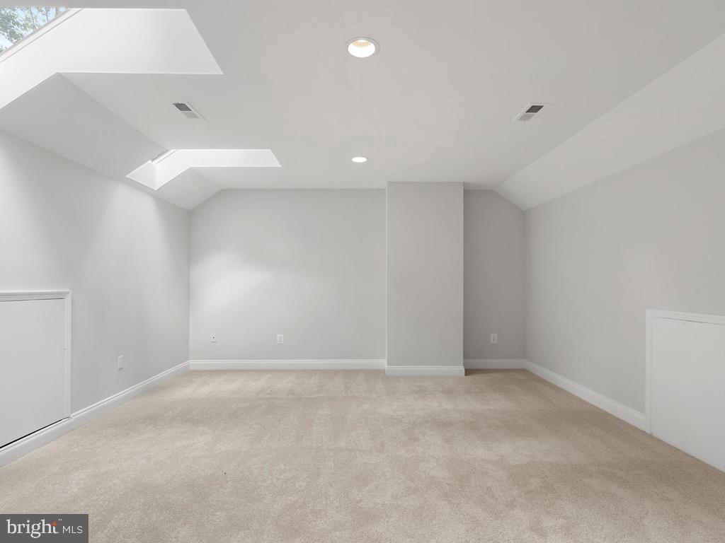 Third Level 5th Bedroom - 13716 SAFE HARBOR CT, ROCKVILLE