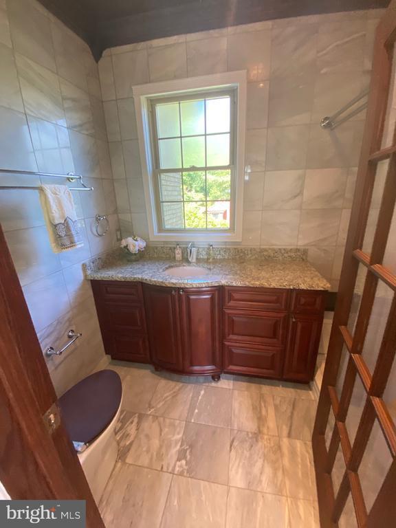 Master Bathroom - 6320 BALTIMORE AVENUE, UNIVERSITY PARK