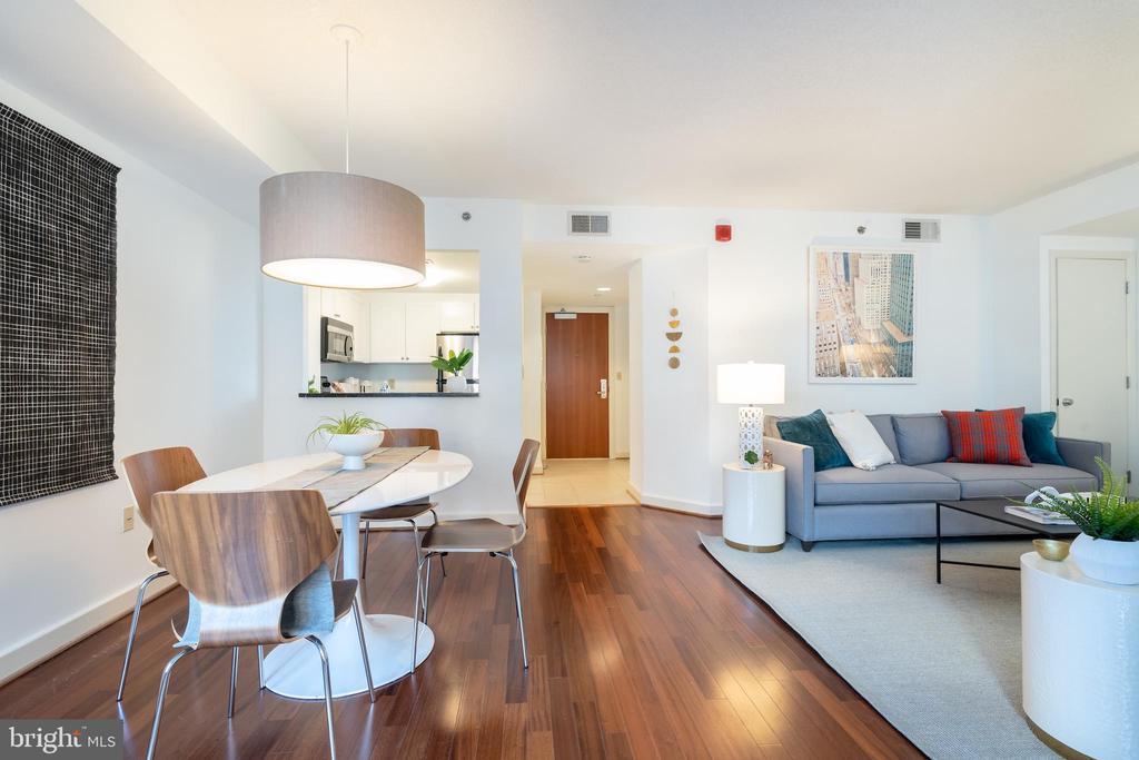 Combination living/dining room - 1150 K ST NW #411, WASHINGTON