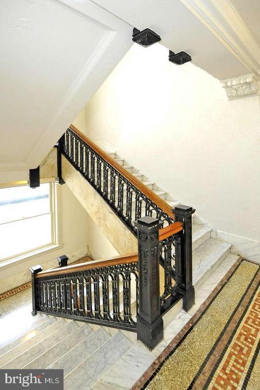 Grand marble staircases w/ wrought iron balustrade - 2153 CALIFORNIA ST NW #306, WASHINGTON
