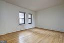 High ceiling studio with updated large window - 2153 CALIFORNIA ST NW #306, WASHINGTON