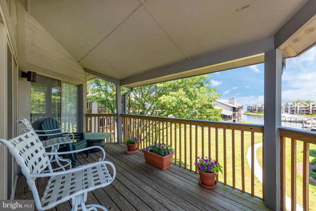 Beautiful Views! - 7024 CHANNEL VILLAGE CT #201, ANNAPOLIS