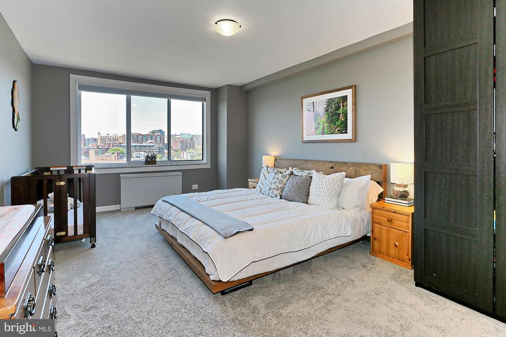 Bedroom Provides Westward Panoramic Views - 1200 N NASH ST #1148, ARLINGTON
