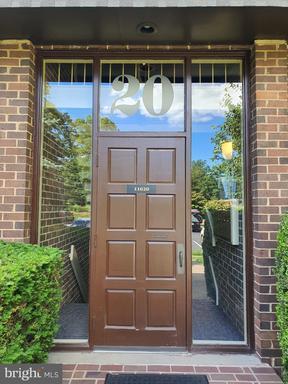 11620 VANTAGE HILL RD #11B