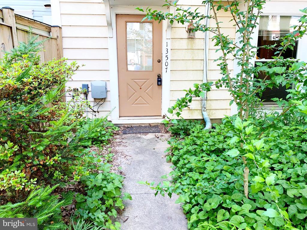 Front Yard - 13507 DEMETRIAS WAY, GERMANTOWN