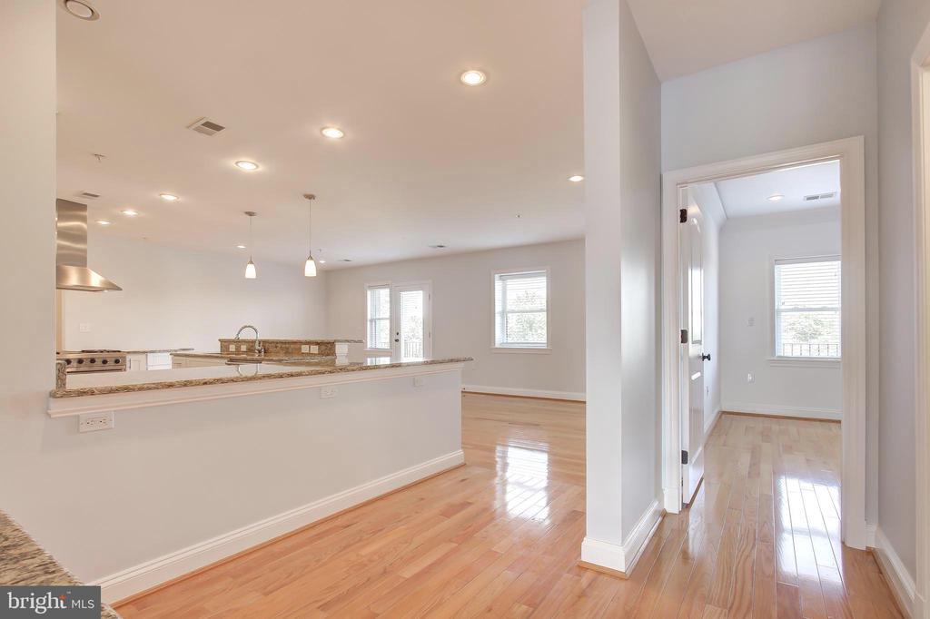LR/DR Opens to Kitchen/FR - 5511 COLORADO AVE NW #501, WASHINGTON