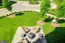 Courtyard area at the front of the house - 23109 COTTONWILLOW SQ, BRAMBLETON