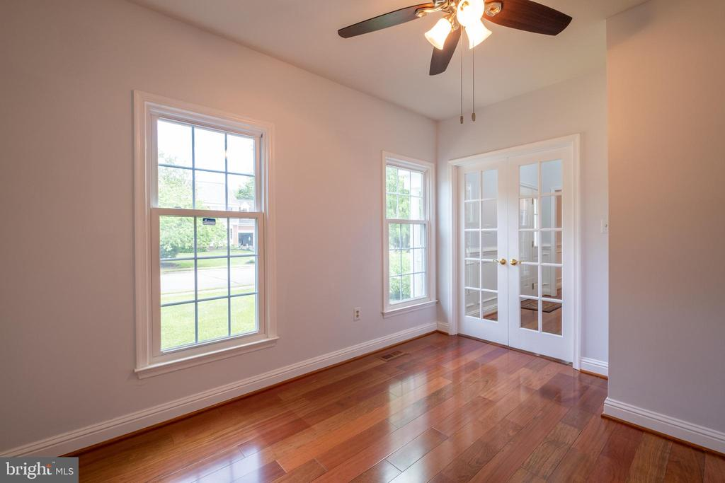 French Doors to Library - 206 PRIMROSE CT SW, LEESBURG