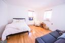 Living and sleeping area - 115 2ND ST NE #16, WASHINGTON