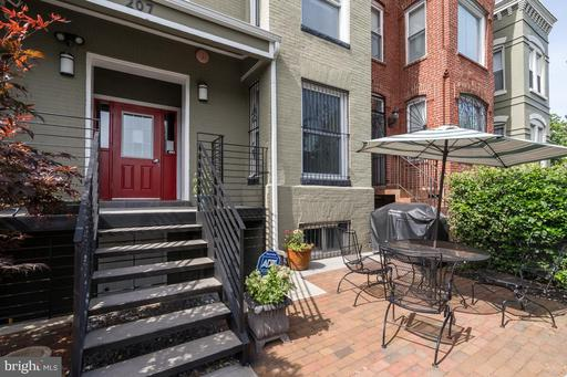 207 R ST NW #1