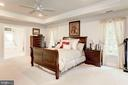 Large Master Bedroom w/tray ceiling - 16215 CYPRESS CT, DUMFRIES