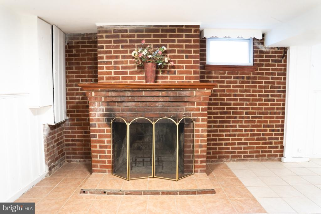 Basement fireplace - 12501 CONNECTICUT AVE, SILVER SPRING