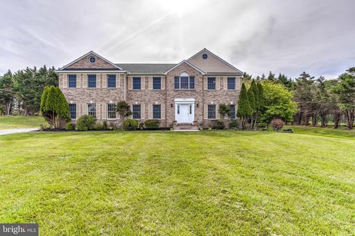 3804 PEACE PIPE CT