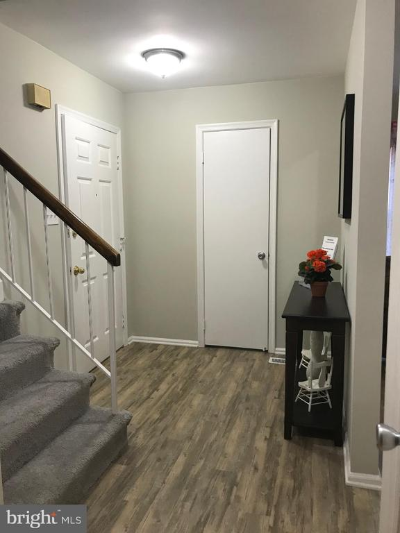 view of foyer from living room, stairs to 2nd flr, - 11908 BARGATE CT, ROCKVILLE