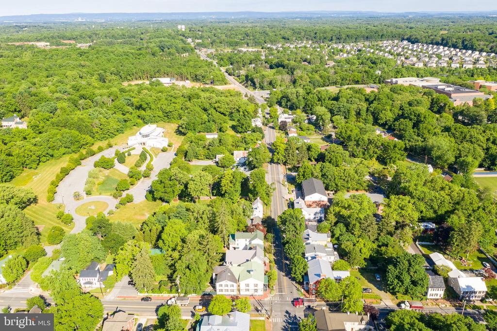 Aerial view of Home in Shepherdstown - 300 W GERMAN ST, SHEPHERDSTOWN
