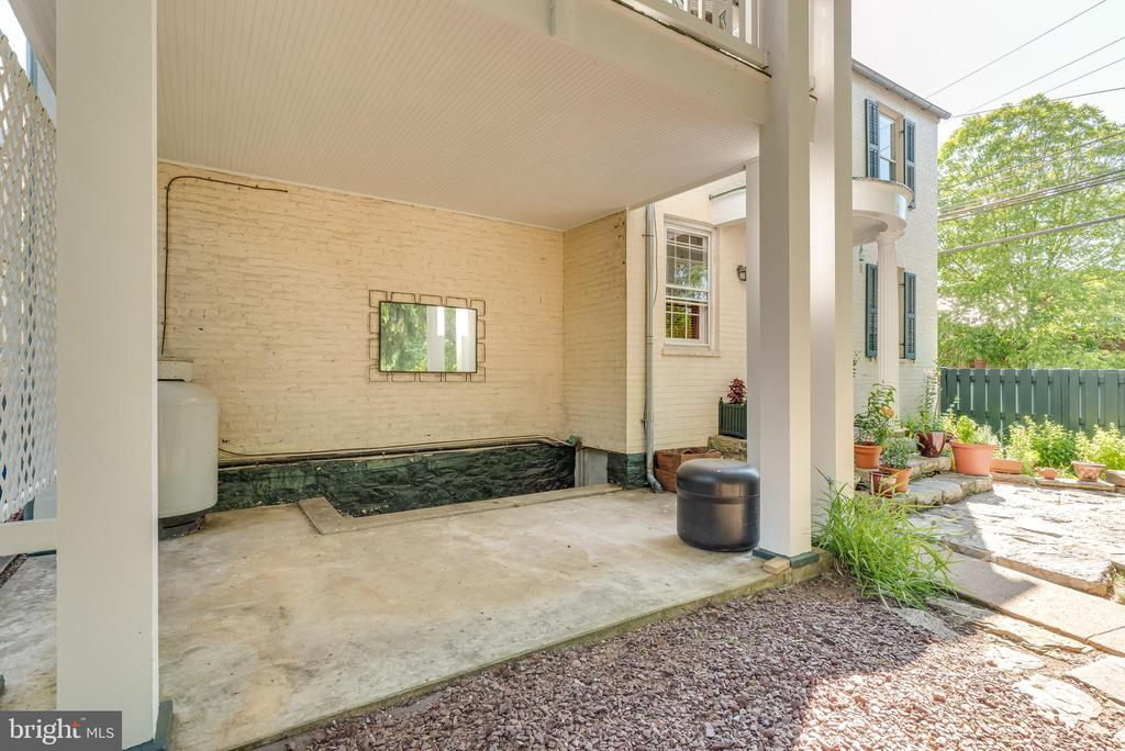 Covered patio area at back of Home - 300 W GERMAN ST, SHEPHERDSTOWN