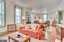 Large, light filled Living room, main Level - 300 W GERMAN ST, SHEPHERDSTOWN