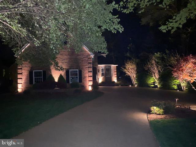 Nite View front - 221 HARPERS FERRY DR, LOCUST GROVE