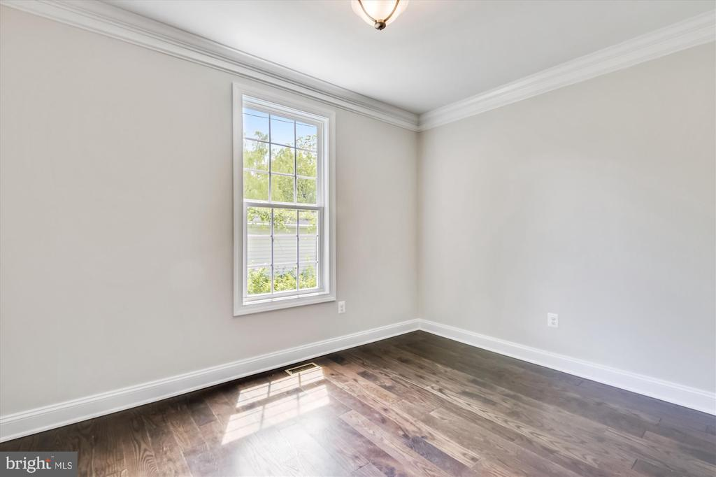 Main level den/office -- perfect if you're WFH - 2905 RANDOM RD, FALLS CHURCH
