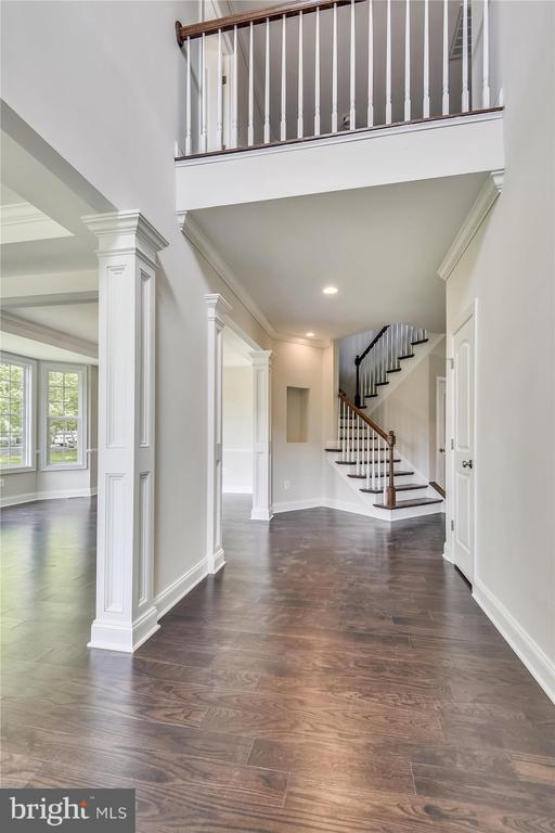 Welcoming two-story foyer entrance - 2905 RANDOM RD, FALLS CHURCH
