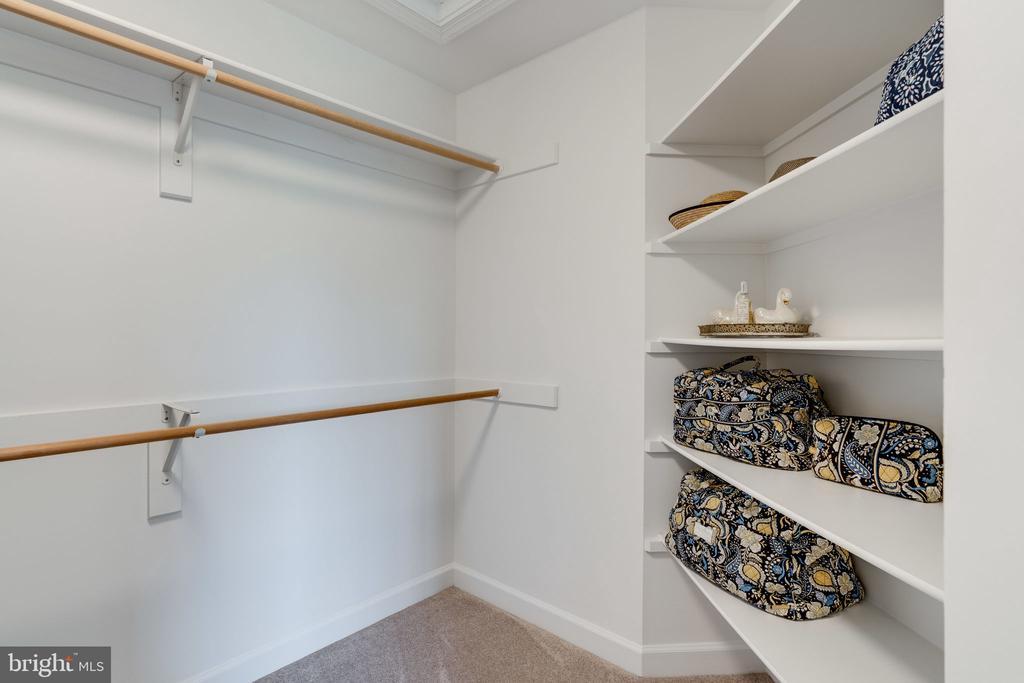 Master Bedroom Walk-In Closet - 9413 ENGLEFIELD CT, FAIRFAX STATION
