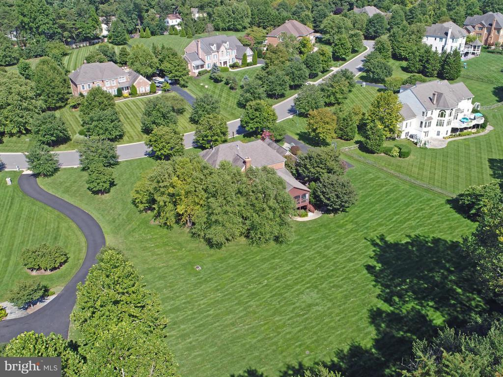 Aerial view or propety. - 2796 MARSHALL LAKE DR, OAKTON