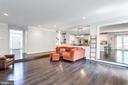 Great room off kitchen. - 2796 MARSHALL LAKE DR, OAKTON