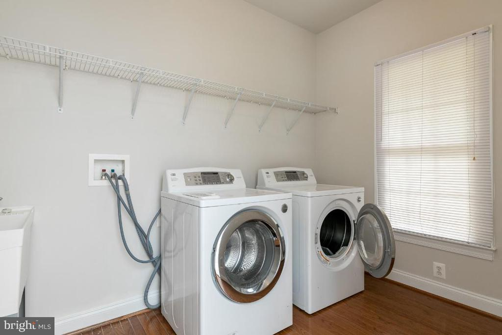 Laundry - 19755 WILLOWDALE PL, ASHBURN