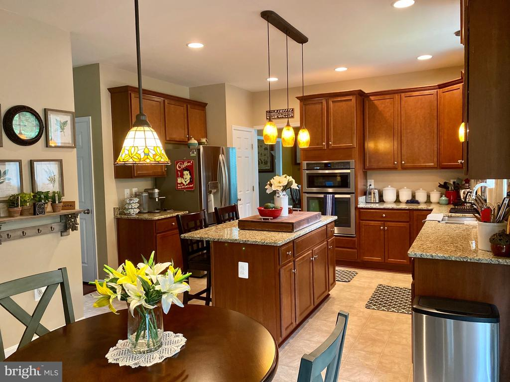 Built in Convection microwave over oven - 3545 GROUSE POINTE DR, STAFFORD