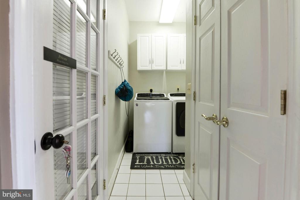Laundry Room - 20634 ST LOUIS RD, PURCELLVILLE