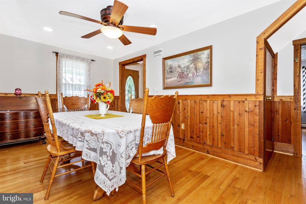 Beautiful Refinished Hardwood Floors - 7807 ROCKY RIDGE RD, THURMONT