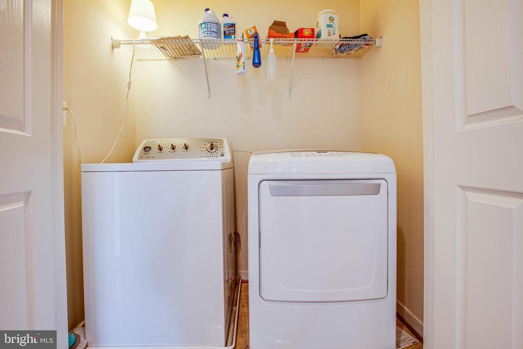 Upper Level Laundry! - 1025 SCARLET LN, CULPEPER