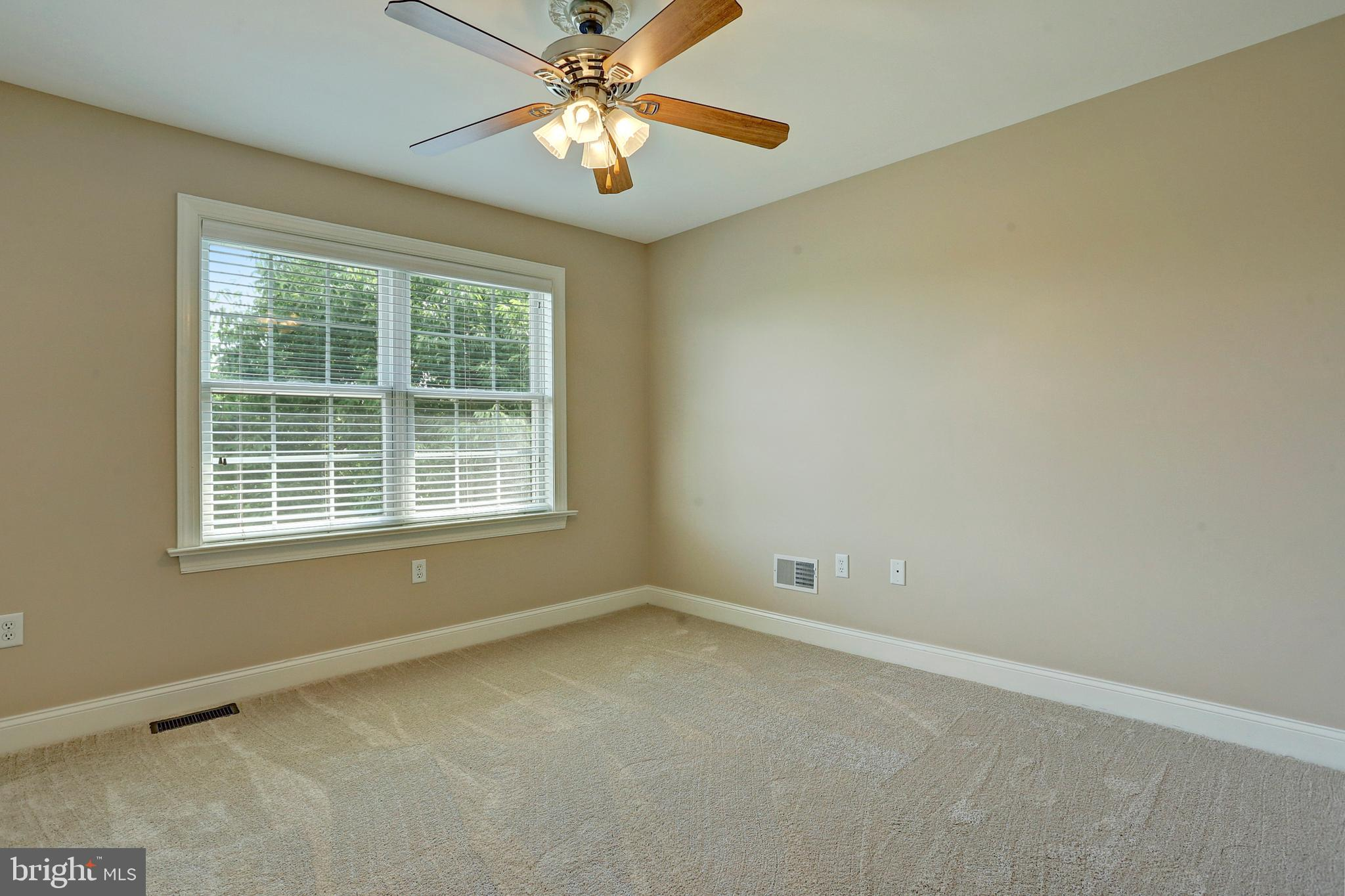 Bedroom 2 with Carpet and Ceiling Fan