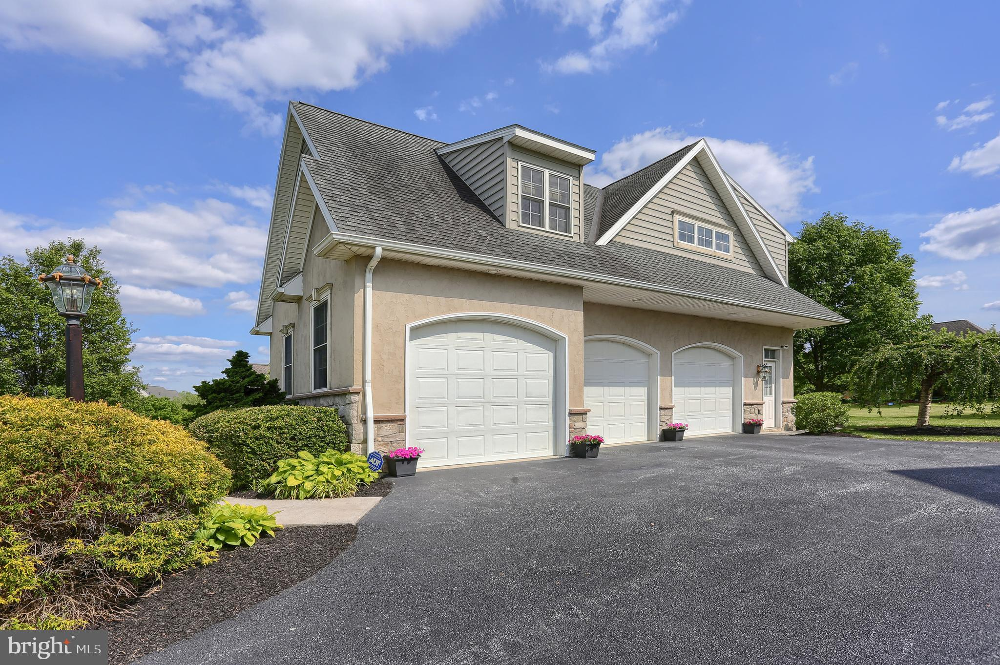 Oversized Attached 3 Car Garage